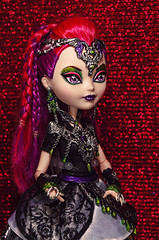 Final chapter (Lady Barbarella) Tags: high dragon ooak evil games queen after custom ever mira shards restyled reapint