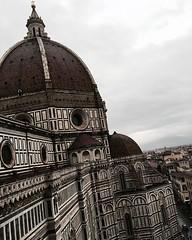 #Brunelleschi #Firenze #PiazzaDelDuomo #Campanile #Giotto #Duomo (Mek Vox) Tags: campanile firenze duomo brunelleschi giotto piazzadelduomo uploaded:by=flickstagram instagram:venue=72460 instagram:venuename=piazzadelduomo instagram:photo=11540086860139661597981272