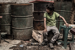 Ariel, mundo entre basura. (Hanssell Franck) Tags: infancia pobreza