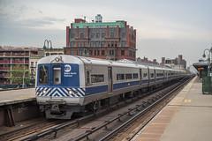 Against the Rush (Nick Gagliardi) Tags: street new york city nyc railroad electric train cosmopolitan metro harlem manhattan north trains budd multiple m3 mu metronorth unit 125 125th mncr