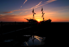 Grace Darling Sunset (David Chennell - DavidC.Photography) Tags: reflection beautiful silhouette gracedarling wirral merseyside