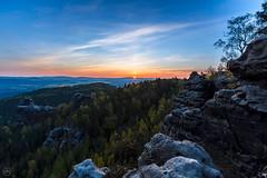 first daylight (Dirk Hoffmann Fotografie) Tags: light sun green sunrise germany landscape schweiz saxony sachsen sonnenaufgang saxon schsische saxonswitzerland elbsandstein sitzwerland