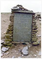 Charles Gough Memorial, Helvellyn, Cumbria. (Paris-Roubaix) Tags: walter lake english scott memorial district charles william edge cumbria sir wordsworth helvellyn gough fidelity striding