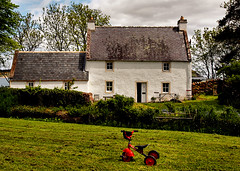Playing (ccgd) Tags: house kids scotland highlands burn cromarty
