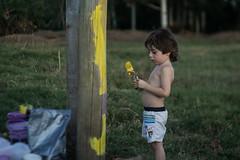 Pequeo artista (martinnarrua) Tags: boy playing argentina kids painting kid nikon artist young nios entre ros amateur artista jugando coln pintando nikond3100
