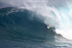 Brad Domke AM Jaws Barrel (Aaron Lynton) Tags: brad canon hawaii barrel sigma maui 7d jaws peahi domke lyntonproductions
