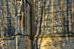 licht-en-schaduw-St-Jan-den-Bosch (Don Pedro de Carrion de los Condes !) Tags: facade licht schaduw denbosch kerk architectuur kathedraal zonlicht donpedro gotisch stjan schaduwspel d700