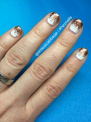 New Year's Eve Glitter Gradient (littlecabbage) Tags: glitter bronze december nye nails gradient manicure nailart 2015 heznails
