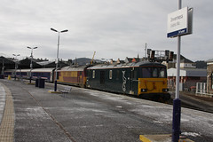 Inv16023 73967 and 67007 on 150216 (retbsignalman) Tags: inverness dbs ews caledoniansleeper class73 class67 67007 73967 invernessstation