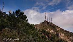 El Bartolo (J.Gargallo) Tags: espaa canon eos paisaje cruz cielo benicassim bartolo castelln comunidadvalenciana repetidor eos450d 450d castellndelaplana canon450d canonefs18200