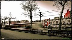 Tres Grande Vitesse (michel_bocquet) Tags: street train vitesse photosderue