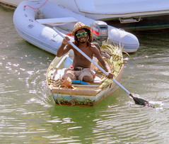 Be happy in your work (oobwoodman) Tags: smile sunglasses dreadlocks boot boat row oar caribbean reggae bateau sourire rasta stlucia sonnenbrille lunette lcheln rastafarian carabes westindies karibik saintlucia