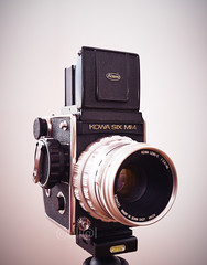 Kowa Six MM (uli@l) Tags: camera old vintage studio lens photography photo aperture nikon exposure technology antique background photographic equipment chrome shutter medium format six photographing patina crank viewfinder d800 kowa