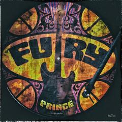 FURY-PRINCE (Des.Nam) Tags: vintage square fuji vinyl prince hommage fujinon fury guitare carr 35mmf14 picturedisk xpro2 desnam