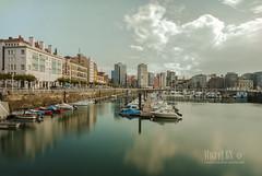 (miguel68) Tags: barcos gijn asturias largaexposicin drsenas embarcaderos puertodeportivodegijn centrourbanodegijn