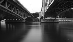 Entre deux ponts (Jacques Isner) Tags: lyon pentax 16mm pentaxsmc pentaxart pentaxk5 pentaxflickraward quartierconfluance