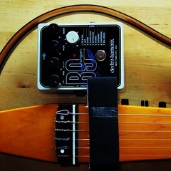 electro-harmonix (Frizztext) Tags: guitar yamaha electricguitar electroharmonix guitarlove frizztext