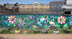 East End Street Art (Mabacam) Tags: streetart london wall daisies painting mural paint wallart urbanart shoreditch octopus freehand publicart aerosolart spraycanart artista eastend 2016 flyingtoast urbanwall nomadiccommunitygarden catherineboothallotments