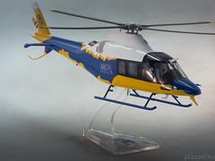 AW109 TREKKER Dimostr.giallo-blu - scale 1-32-2 (Maurizio Piazzai) Tags: model helicopter h madeinitaly prototipo trekker elicottero artigianato agustawestland finmeccanica aw109 dimostratore aw109trekker scala132