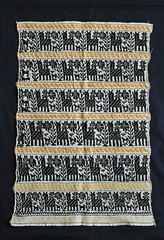 Mexican Embroidery Almoloya del Rio (Teyacapan) Tags: animals antique textiles embroidered carpeta servilleta edomex almoloyadelrio
