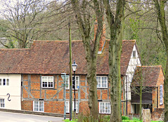 Red-Brick Houses! ('cosmicgirl1960' NEW CANON CAMERA) Tags: houses green buildings hampshire manmade winchester redbrick yabbadabbadoo
