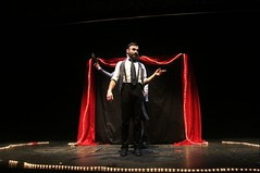 IMG_7077 (i'gore) Tags: teatro giocoleria montemurlo comico variet grottesco laurabelli gualchiera lorenzotorracchi limbuscabaret michelepagliai