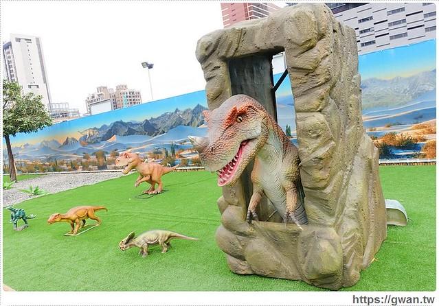 23933511632 6bd85d6637 z - [台中展覽●西屯區] 台中侏儸紀樂園–全台唯一戶外大型恐龍展,展期2015/12/18~2016/3/17 ♪ 來看會動的恐龍