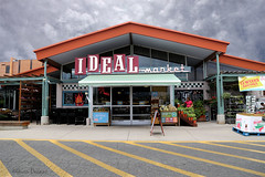 Ideal Shopping Experience (Gwen Deanne) Tags: food architecture colorado market boulder wholefoods software storefront co grocery topaz midcentury idealmarket 2015 bouldercounty canon6d