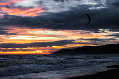 Kite (My truth) Tags: sunset sun kite beach catalunya kitesurf platja castelldefels