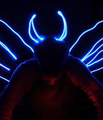 untitledDSC_0670 (Jimbo23King) Tags: madrid longexposure nightphotography blue light red lightpainting angel night lights spain espana torch lightart madridcentro madridatnight sooc nikond300