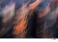 NYC Reflections (Monika Ostermann) Tags: nyc newyorkcity usa oktober fall us seasons manhattan year herbst rockefellercenter abstraction newyorkny 2015