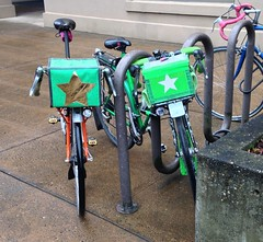 Two star-bellied sneetches (Tysasi) Tags: photostream kitbike randonneuse randonneur bike 650b 700c handmadebag star mistake bespokefopchariottm bagsracks biopace