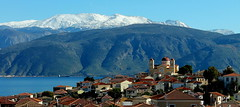 Galaxidi (ᗰᗩᖇᓰᗩ ☼ Xᕮ∩〇Ụ) Tags: greece griechenland ελλαδα galaxidi snow schnee χιονι βουνα ουρανοσ γαλαξιδι θαλασσα hellas