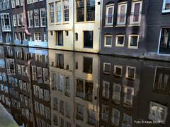 Zeedijk 28-2-16 (kees.stoof) Tags: reflection amsterdam canal canals grachten gracht zeedijk reflectie oudezijds achterburgwal oudezijdsachterburgwal