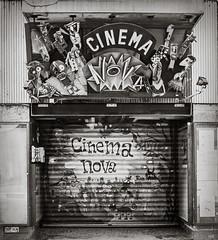 Cinema Nova (*altglas*) Tags: brussels bw cinema 120 6x6 film monochrome analog zeiss mediumformat square graffiti kino grafitti bruxelles rodinal150 brüssel fomapan100 superikonta cinemanova mittelformat 53316