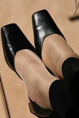 20100411_16_54_54_00343.jpg (pantyhosestrumpfhose) Tags: feet stockings shoes legs pantyhose schuhe nylons strumpfhose collants pantyhoselegs sheerlegs nylonlegs