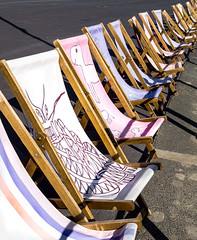 93/366 Ready For Summer - 366 Project 2 - 2016 (dorsetpeach) Tags: summer england holiday spring deckchair seat canvas esplanade dorset 365 weymouth 2016 366 aphotoadayforayear 366project second365project