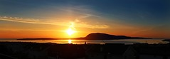 March Sunrise (Jgvan Horn) Tags: ocean sunrise island islands calm atlantic faroeislands faroe trshavn