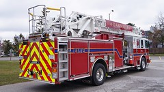 Oakville Fire Department BRAND NEW Ladder 242 (Canadian Emergency Buff) Tags: new ontario canada fire pierce ladder brand firedept department firedepartment oakville 242 ofd enforcer ascendant ofr oakvillefire oakvillefiredepartment ofrs l242 oakvillefirerescue oakvillefirerescueservices