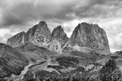 Sassolungo (Dolomites) (einaz80) Tags: bw italy mountain montagne italia montagna sella hdr lang vette dolomites dolomiti kofel cime passo sasso lungo passosella langkofel sassolungo