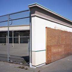 2016-232 (biosfear) Tags: suburbia richmond americana plywood triad deadmall