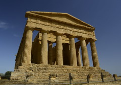 2016-04-17_15-33-33-Nikon D800 (Bernhard Kvaal) Tags: italy valley temples sicily sicilia agrigento