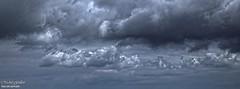 Le nuage (photos.osmose) Tags: monochrome noiretblanc lumire ciel nuages orages clair