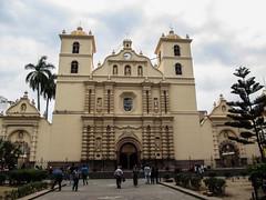 "Tegucigalpa: la cathédrale Saint Michel Archange <a style=""margin-left:10px; font-size:0.8em;"" href=""http://www.flickr.com/photos/127723101@N04/26459539062/"" target=""_blank"">@flickr</a>"