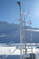 Tower with thermal camera and ultrasonic anemometers to measure heat exchange over snow (ubcmicromet) Tags: snow ubc climate turbulence epfl climatology thermography plainemorte micrometeorology