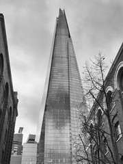 _3275284-Modifica bn (FloBue) Tags: city uk england blackandwhite london architecture cityscape stadt highrise architektur schwarzweiss grattacielo shard londra architettura biancoenero città hochhaus inghilterra 2016