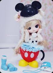 ( MaL Pink  ) Tags: bear blue baby cute doll dolls sweet fluffy dal mickey malu kawaii blonde mug pullip boneca caneca puki touca korilakuma