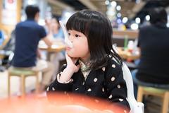 DSC07040 (Jeffery.Hong) Tags: food girl dinner hongkong kid child taiwan eat littlegirl taipei restaurent tearestaurent