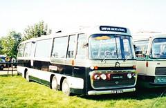 RUW 990E Sampson Coaches & Travel (mr-bg) Tags: london bedford transport val kbd453y ruw990e