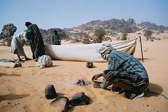 Mauritanie (denismartin) Tags: water fire sand desert tea dune  touareg mauritania mauritanie erg   warane canoneos500  chinguetti adrar ergouarane   denismartin